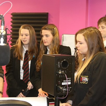 Students visit Access FM Radio