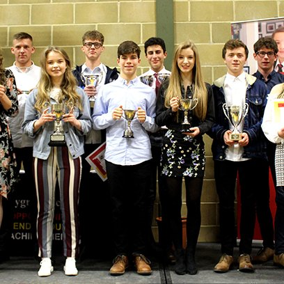 Leavers Return to Celebrate their Achievements