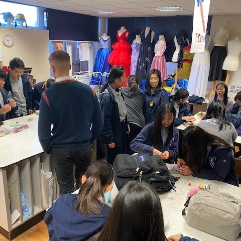 Chinese students enjoy Textiles